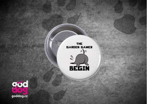 """Placka s potiskem psa """"The Garden Games"""""""